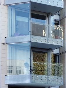 apartment views (31 Mar 2011)